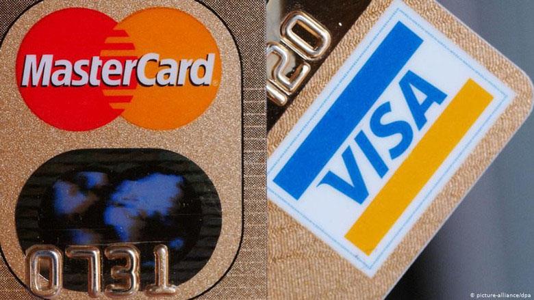Studi: Manusia Konsumsi Plastik Seukuran Kartu Kredit Per Minggu